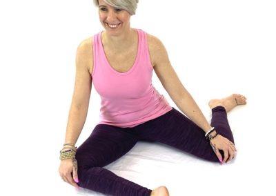 Yin Yoga Deer Yoga Classes for Beginners in Kingsteignton Newton Abbot